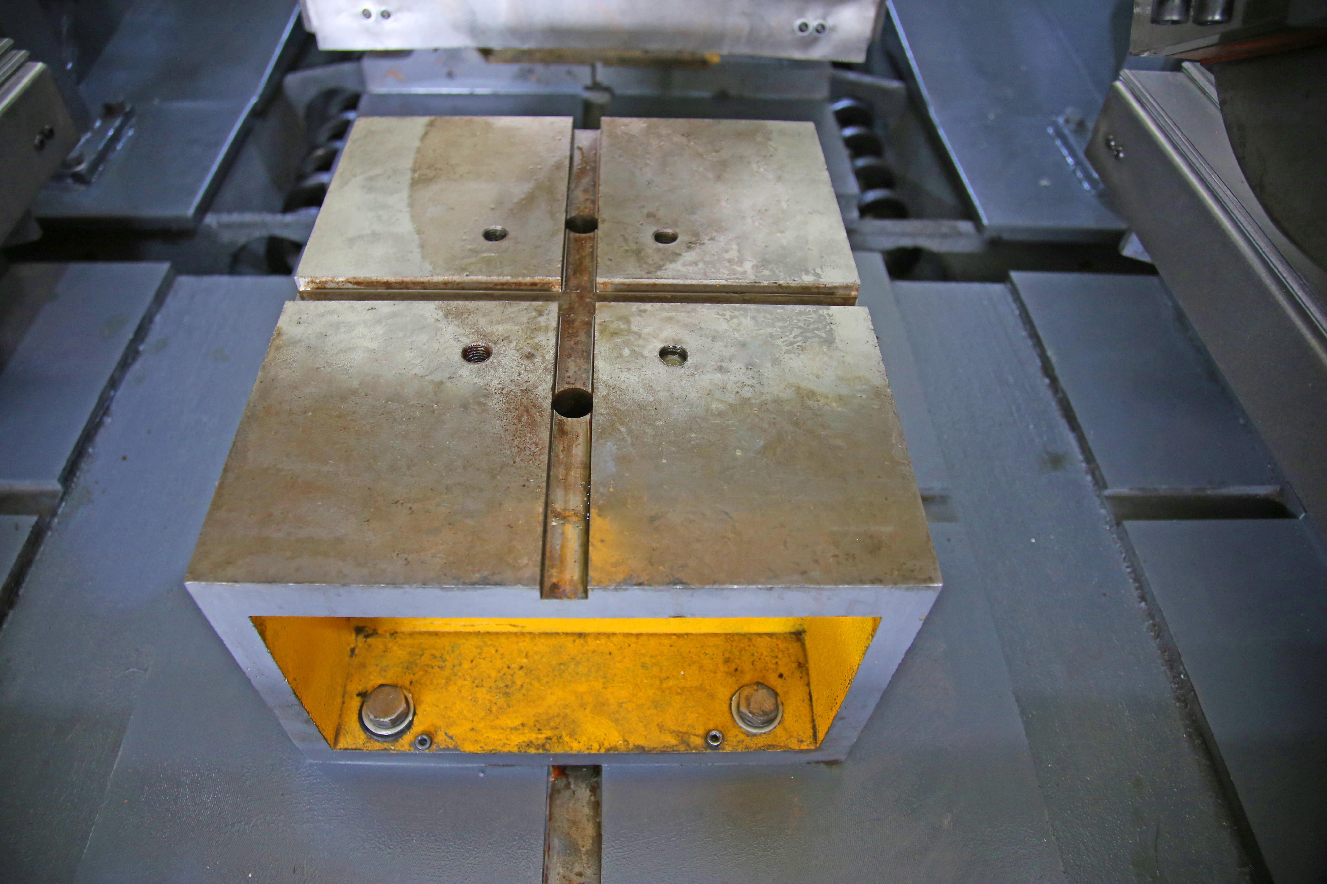 閥門加工專用機床 閥門法蘭加工設備 鑄鋼閘閥截止閥加工專機